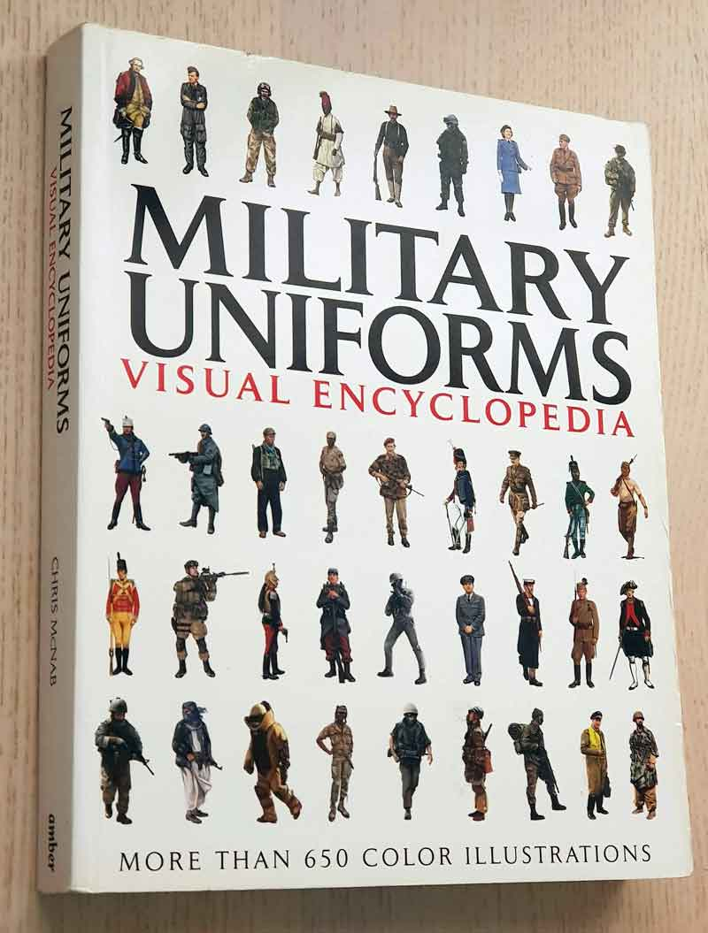 MILITARY UNIFORMS. Visual Encyclopedia