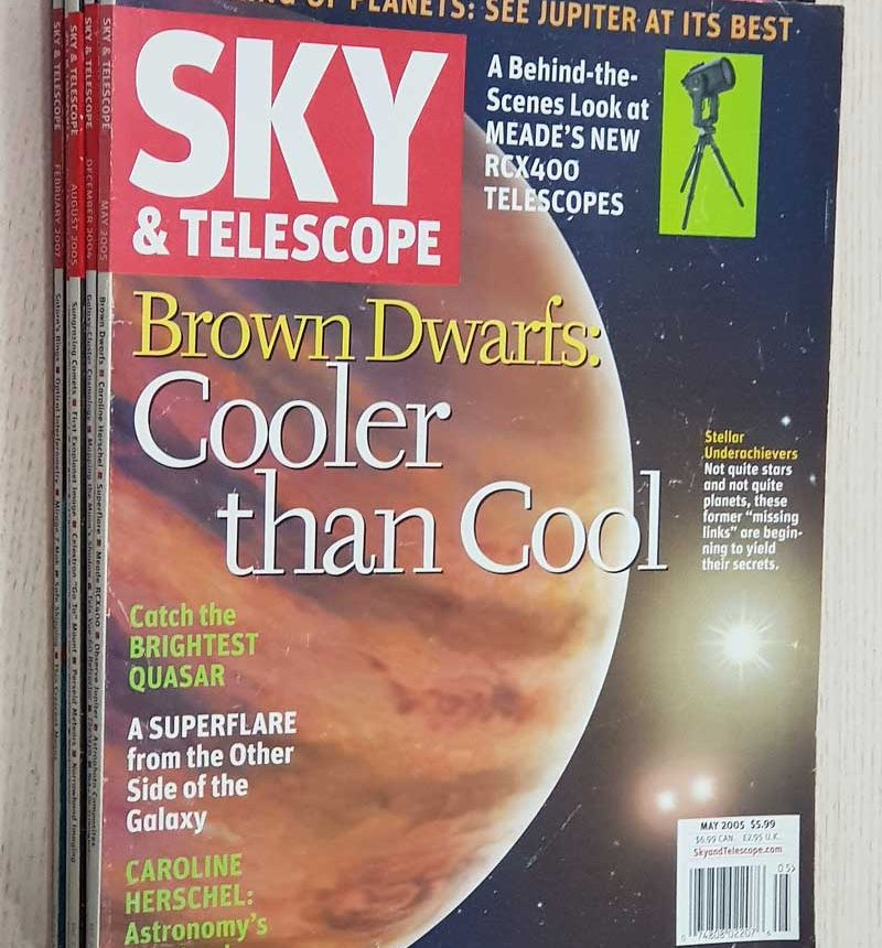 SKY & TELESCOPE. año 2004-2005-2007. Vol 108: nº 6. Vol 109: nº 5. Vol 110: nº 2 - 3. Vol 114: nº 1 - 2. (PRICE BY UNIT 2 EUR)